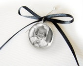 Wedding Memorial Photo Boutonniere Silver Plated Charm Pendant for the Groom and Groomsmen - Parent Grandparent Memory