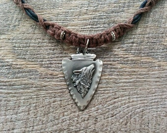 Arrowhead Wolf Animal Totem Pendant Hemp Macrame Necklace