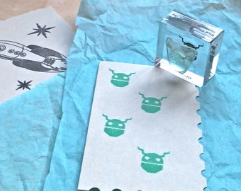 Alien Monster Rubber Stamp - Android Mounted Accent
