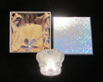 1920s Karess Woodworth Compact Powder Rouge Compact Silver Compact GIFT BOXED RARE