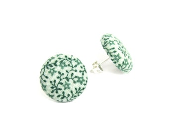 Round green earrings - white button earrings - green fabric earrings - tiny stud earrings flower summer vintage look