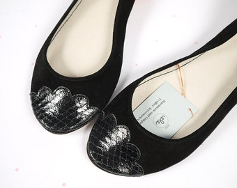 The Lizzie Shoes in Black - Limited Serie of Leather Handmade Ballet Flats - Scalloped Snakeskin Toe