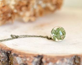 Mothers day jewelry moss necklace resin jewelry - nature inspired  terrarium necklace nature necklace, gift under 40, flower girl gift