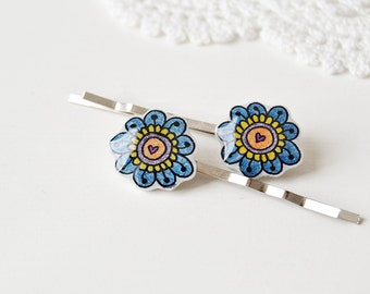 Flowers bobby pins, set of 2 in shrink plastic and resin - one of a kind ooak