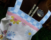 """SALE! Upcycled Handmade dress """"Peace, Love and Ladybugs"""", side seam pockets, recycled sheets, daisy,  hippie, OOAK"""