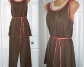 Brown sugar  .. Vintage 60s 70s pajamas / mod belted / brown neon Lorraine / mad men lounge sleepwear / trapeze swing babydoll  .. S M
