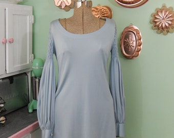 Vintage 70s Dress - Silvery Blue Gray - Puckered Sleeves - OOAK Vintage Dress - Desiree Bologna
