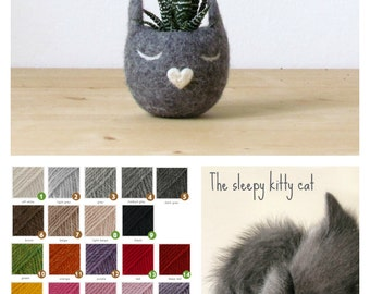 Free Shipping - Cat head planter / Small succulent pot / Felt succulent planter  / cat lover gift  / Grey cat vase / gift for her