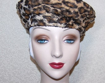 Cute Vintage 60s Faux Fur Leopard Print Beret Hat