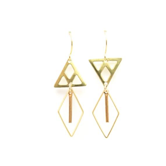 trek mis match triangle dangle earrings by craftsandlove on etsy. Black Bedroom Furniture Sets. Home Design Ideas