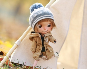Miss yo Winter Coat with Hat for Blythe doll / Jerry Berry - doll outfit - Beige