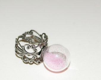Statement Ring, Quirky Jewelry, Glass Globe, Pink Glitter Globe Ring, Cocktail Ring, Adjustable Ring, Pink Glitter Ring, Glass Ball Jewelry