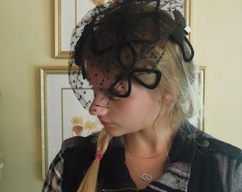 Vintage Black Netting and Fascinator Hat / Fascinator Black Velvet / Black Bows