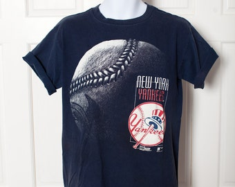 Vintage 90s New York Yankee Baseball - L
