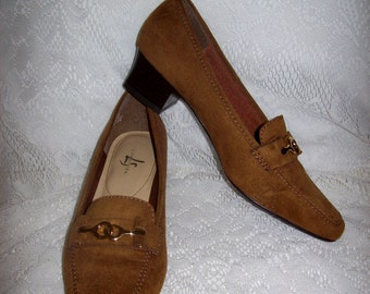 99 CENT SALE Vintage Ladies Brown Faux Suede Slip Ons Loafers by Life Stride Size 6 1/2 Now .99 USD