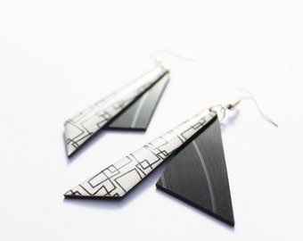 geometric earrings black and white earrings recycled jewellery black earrings funky jewelry vinyl record jewelry music jewelry resin jewelry