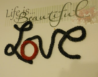L-OVE Letters, Subway art, Verbage