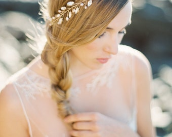 Bridal Crown, Gold Marquee Rhinestone and Blush Pearl Crown, Bridal Halo - Style 3515