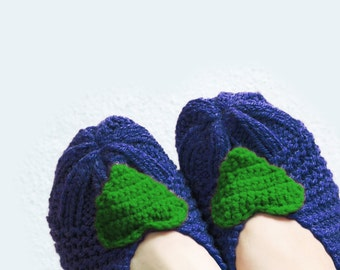 Love Knit Slippers, Women Slippers, Navy Knit Slippers with Green Heart, House Shoes, Women Sokcs, Tweed Slippers, Winter Accessories, socks
