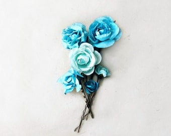 Malibu Blue Flower Hair Pins. Floral Paper Bobby Pins in Tropical Blue Blue for Turquoise Bridesmaids Gifts. Rustic Handmade Hair Flowers.