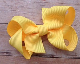 Buttercream bow - light yellow bow, toddler bow, baby bow, girls hair bows, yellow hair bows, girls bows, hair clips