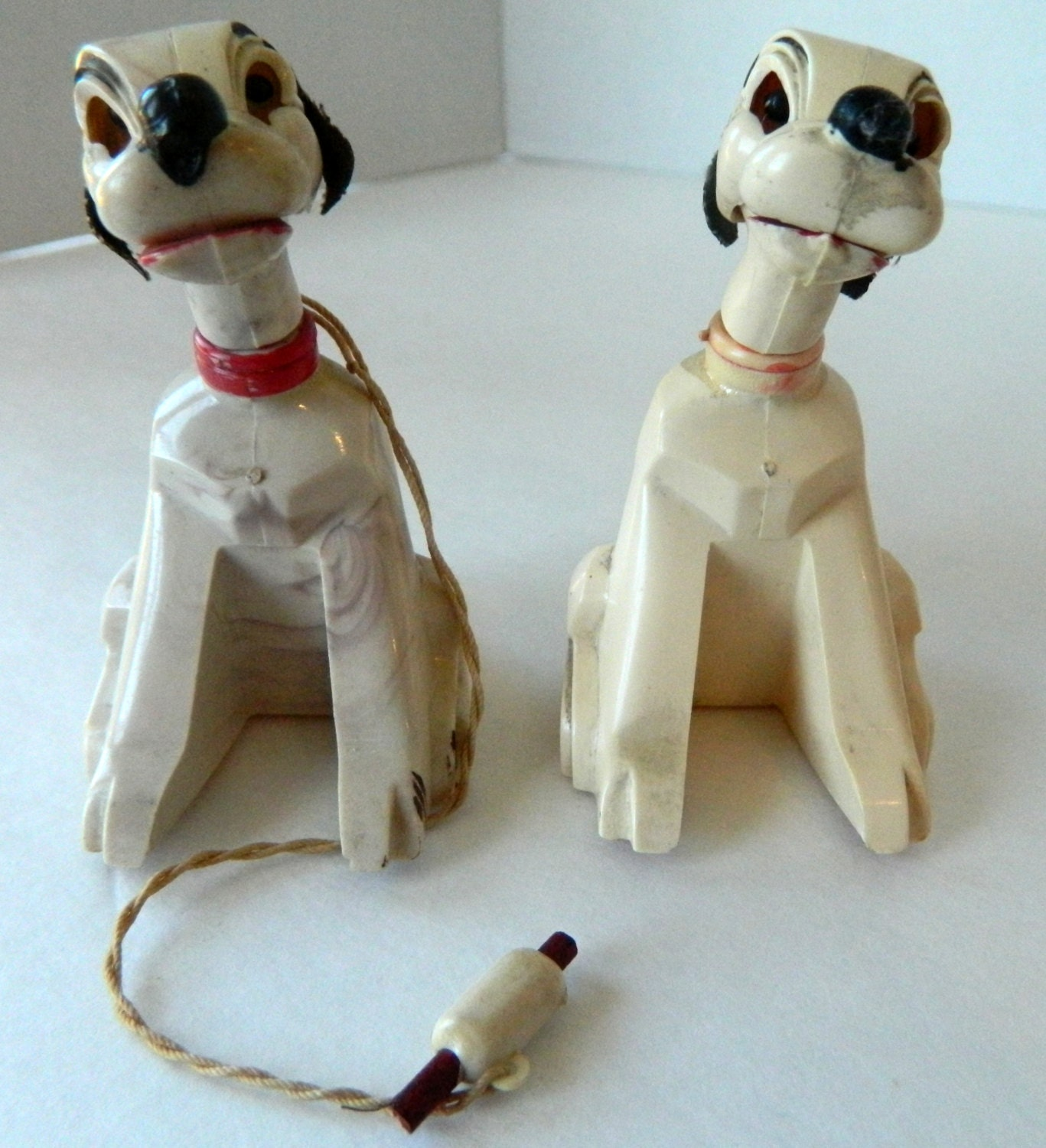Magnetic Toy Dogs