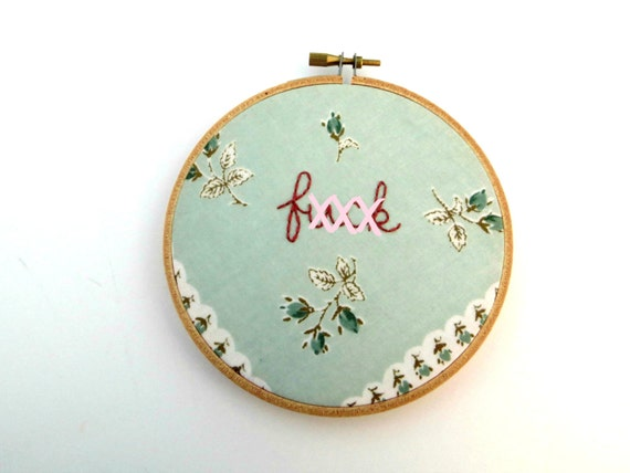 Curse word embroidery hoop art por stitchculture
