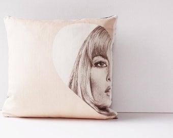Kate Moss Decorative Pillow Cover, Decorative Throw Pillow Cover, Pillow Cushion, Decorative Cover, Modern Pillow, Heart Love Pillow