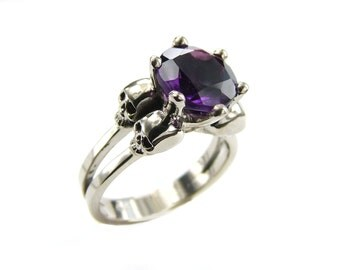 White Gold Skull Ring Goth Engagement Ring Amethyst Psychobilly Wedding Skull Ring Purple Natural Gemstone Memento Mori Woman Ring All Sizes