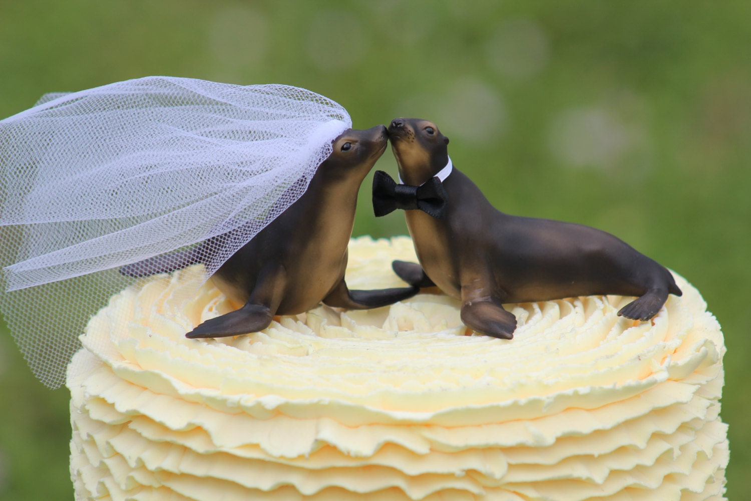 Seal Wedding Cake Topper Sea Lion Mr & Mrs Cake Topper