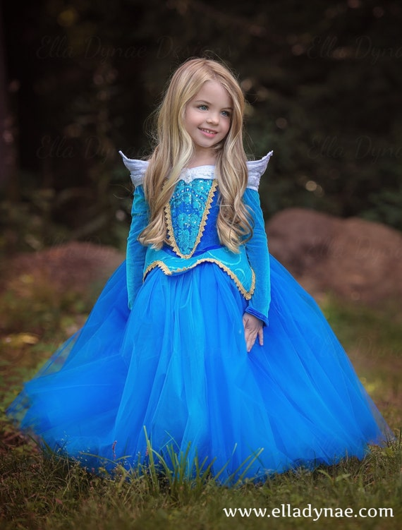 game sleeping beauty dress