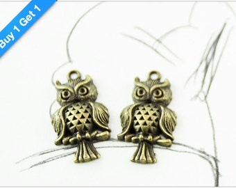 BUY 1 GET 1 FREE - Antique Bronze Owl Charm, Brass Owl Pendant, 31x17mm, Pkg of 12pcs, C00N.AN09.P12