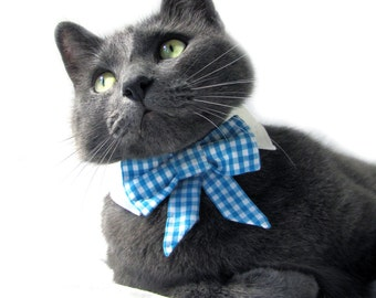 Dog/Cat light blue gingham bow on a shirt style collar