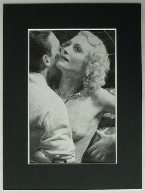 1930s Porn 1930s Vintage Erotic Print of a Man and Woman Kissing Old Black and white erotic photography