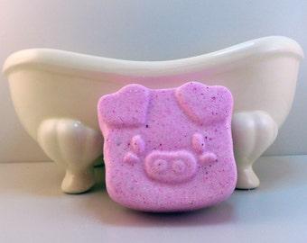 Happy As A Pig Bath Bomb