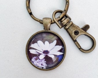 White Flower Key Chain Bag Charm KC134