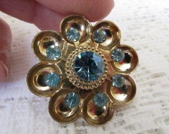 Vintage Brooch, Coro Brooch, Scalloped Brooch, Nine Blue Swarsovki Crystals, Collectible Jewelry