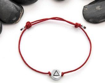 Triangle Friendship Bracelet, Triangle Bracelet, Geometric Charm, Triangle Charm, Geometric Jewelry, Tiny Bracelet, JIB247CSS