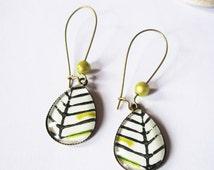 Long teardrop leaves squeleton earrings, glass tile zen earrings, leaves printed pattern