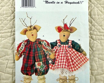 REINDEER PATTERN, Holiday Dolls Christmas Crafts, Butterick 4121, Needle In A Haystack, Mr and Mrs Reindeer, 1995 Uncut, 17 inch Doll