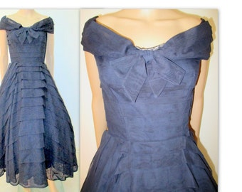 Vintage Dress 1950's Dress, Full Skirt, Circle Skirt dress, Mad Men dress, Mid Century Navy blue evening Dress