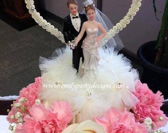 Wedding Cake Topper Bride and Groom, Wedding cake topper, Wedding topper.