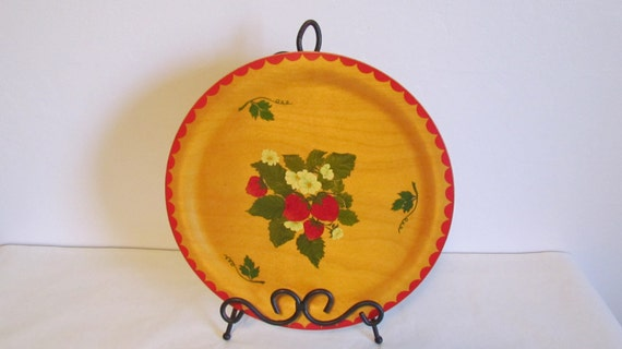 Strawberry wooden plate strawberry kitchen decor by kozykitchy - Strawberry themed kitchen decor ...