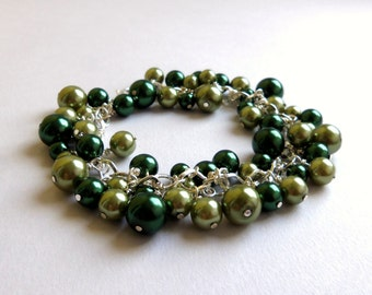 CLEARANCE -50% Sage and emerald green pearl bracelet, pearl cluster bracelet, green pearl jewelry, gift for woman, gift for her