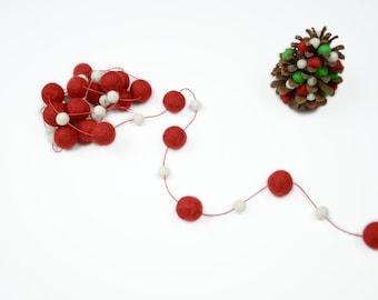 Red White Christmas Garland, Christmas Tree Decoration, Holiday Decor, Christmas Bunting, Xmas Pom Pom Garland, Felt Ball Bunting