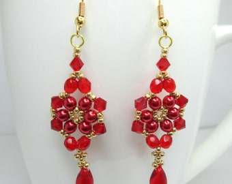 Red floral earrings, Christmas berry, red and gold earrings, christmas earrings, flower earrings, pearl flower, christmas jewelry, ER002