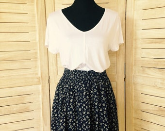 High Waisted Floral Skirt Small to Medium