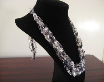 Black, White and Gray Trellis Necklace / Crochet Necklace Item No. 23