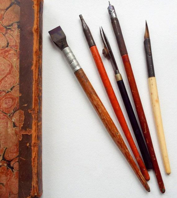 Vintage dip pens calligraphy and drawing tools by Drawing with calligraphy pens