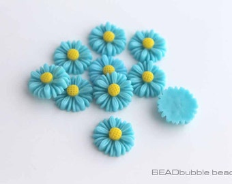 Blue Resin Daisy Flower Cabochons 13mm Flat Back Pack of 15 (CAB315)